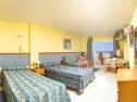 Aparthotel Lux Mar camera